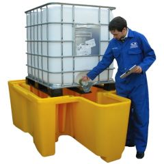 Single IBC Bunded Spill Pallet with Integral Dispensing Well