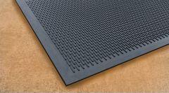 Soilscraper Entrance Safety Mat in Black 90cm x 150cm